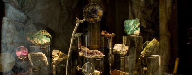phoenix-museum-raw-gems-wells-fargo
